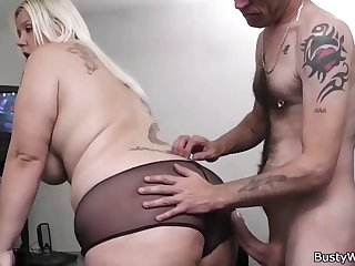 chubby essayist blowjob with the addition of cock riding