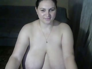 detailed bbw unclad winking